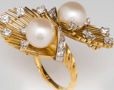Retro Ring – The Holy Trinity