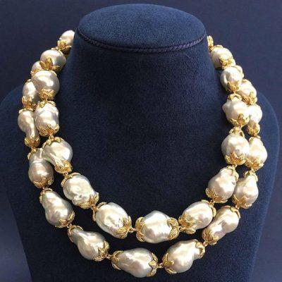 gold& barock neckleace